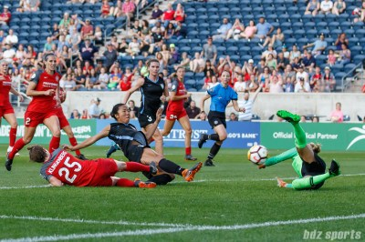 Chicago Red Stars forward Yuki Nagasato (12) knocks in her own rebound to score the first goal of the game