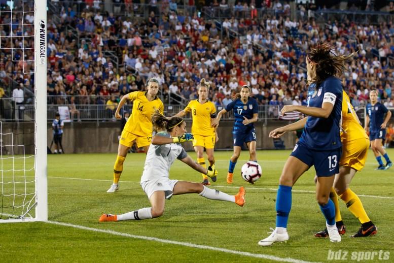 Team Australia goalie Lydia Williams (1)