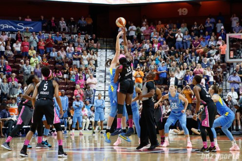 WNBA - Connecticut Sun vs Chicago Sky - August 12, 2018
