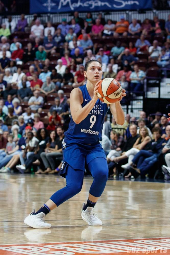 Minnesota Lynx forward Cecilia Zandalasini (9)