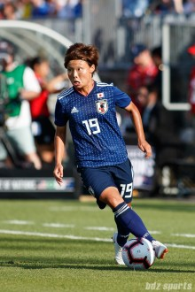 Team Japan midfielder Rika Masuya (19)