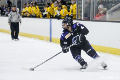 Minnesota Whitecaps forward Kate Schipper (6)