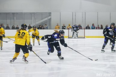 Minnesota Whitecaps forward Jonna Curtis (3)