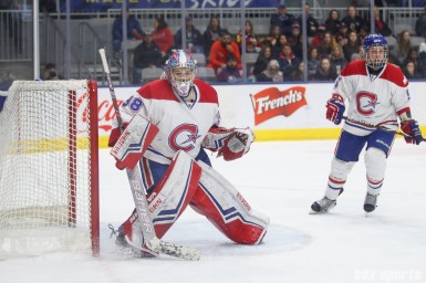Montreal Les Canadiennes goalie Emerance Maschmeyer (38)