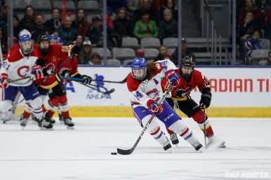 Montreal Les Canadiennes defender Erin Ambrose (14)