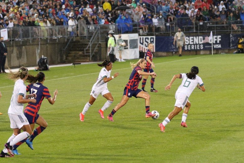 USWNT midfielder Lindsey Horan (9) with the ball in the first of two 2021 WNT Send-Off Series games between the USWNT and Mexico at Rentschler Field in East Hartford, CT on July 1, 2021.