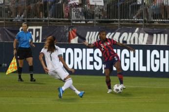 USWNT defender Crystal Dunn (2) with the ball in the first of two 2021 WNT Send-Off Series games between the USWNT and Mexico at Rentschler Field in East Hartford, CT on July 1, 2021.