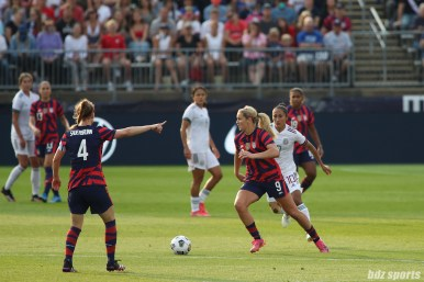 USWNT midfielder Lindsey Horan (9) controls the ball in the second of two 2021 WNT Send-Off Series games between the USWNT and Mexico at Rentschler Field in East Hartford, CT on July 5, 2021.