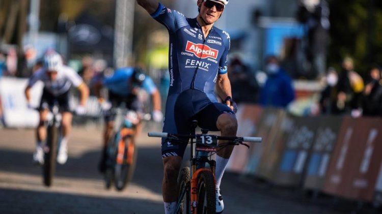Mathieu van der Poel remporte l'épreuve short-track à Albstadt - Be Celt