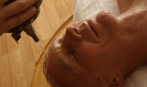 Ayurvedischen Öl-Massage