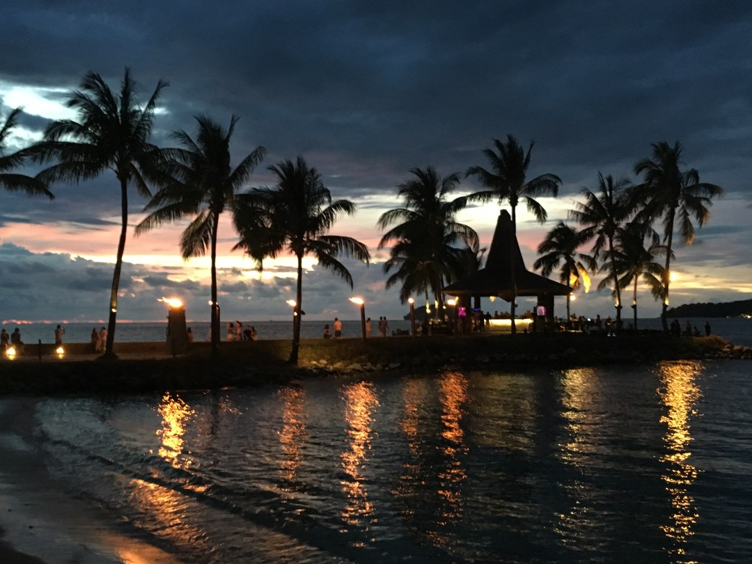 CHRISTMAS AT A HOTEL FIT FOR ROYALTY: SHANGRI-LA'S TANJUNG ARU RESORT & SPA BORNEO
