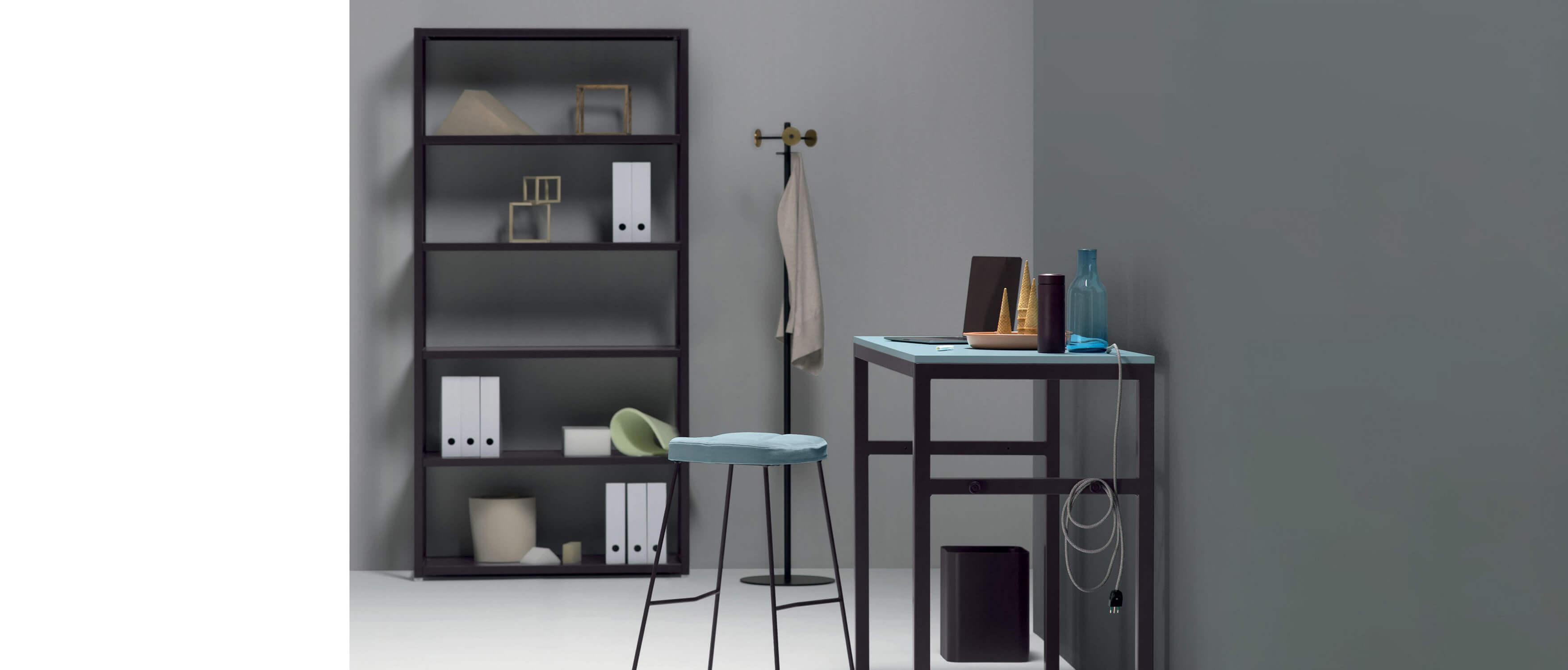etagere de bureau en metal laque noir 205 cm de hauteur x 100 cm d