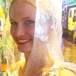 be travelled, travel, tips, besparkling, be-sparkling, travel, blog, travel blog;Victoria, Victoria Peak, Peak, SKyline, HK, Hong Kong, Hong-Kong, rain cape