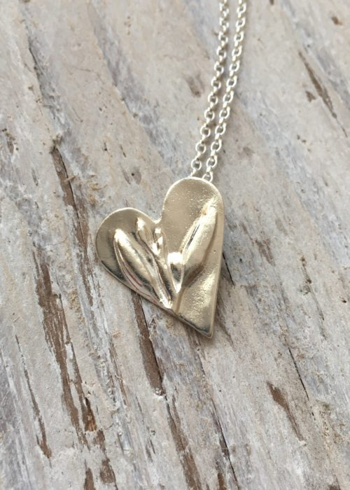 seaoak seaweed heart pendant