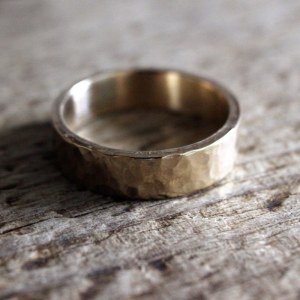 môr recycled gold band ring