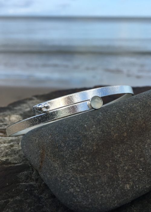 sea and sand bangle