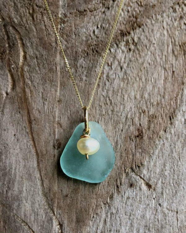 seafoam sea glass with freshwater pearl