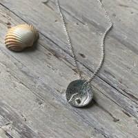 sand ripples circle pendant