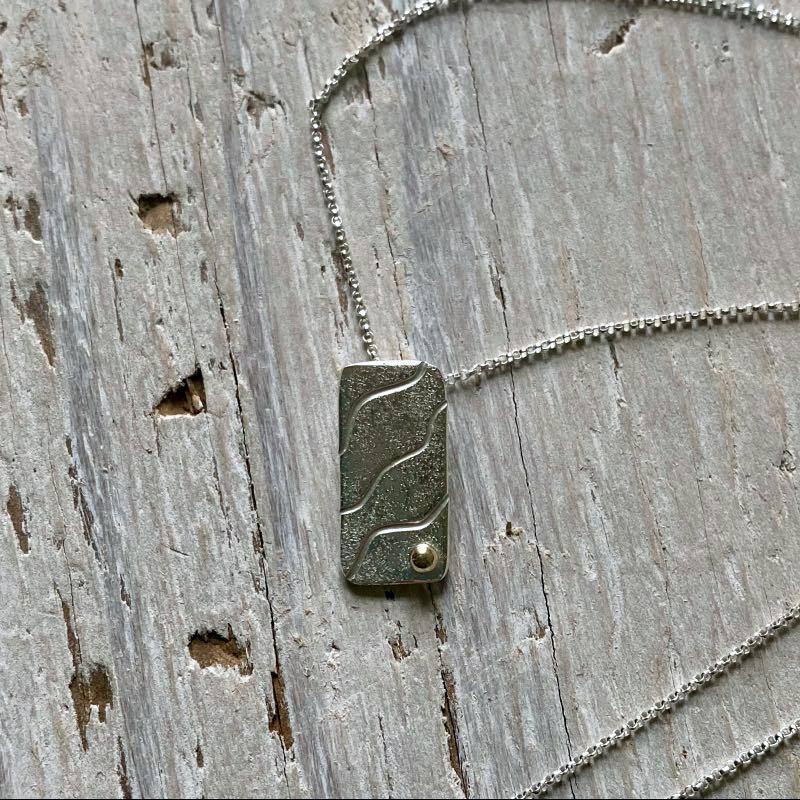 sand ripples rectangle pendant