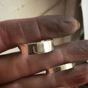 polishing wedding rings by hand