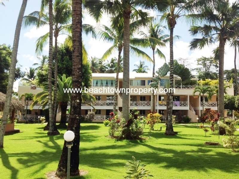 Bargain apartment close to the beach in famous Las Terrenas