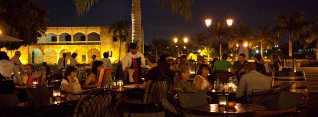 Pat'e Palo Offers Fantastic Cuisine Overlooking the Alcazar Santo Domingo
