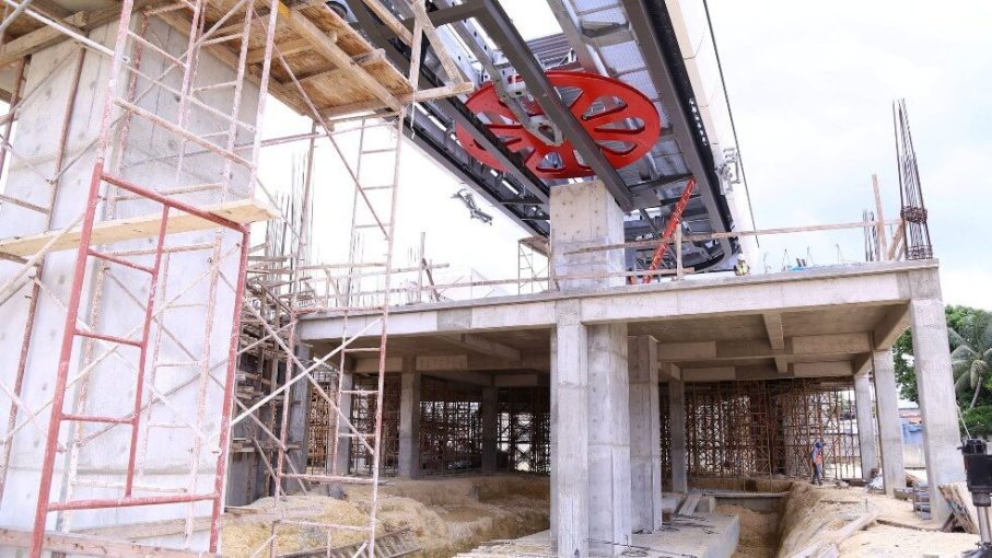Santo Domingo Cable Car stations shows progress
