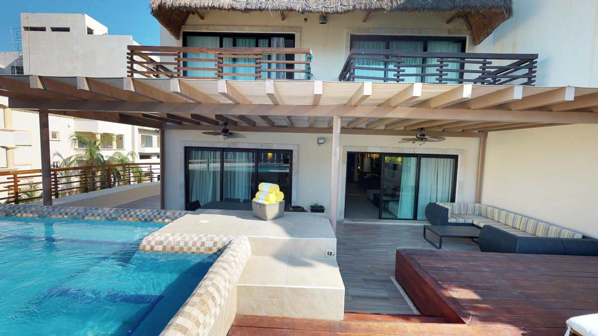 properties in playa del carmen aldea thai 236 2 bedroom private pool 7
