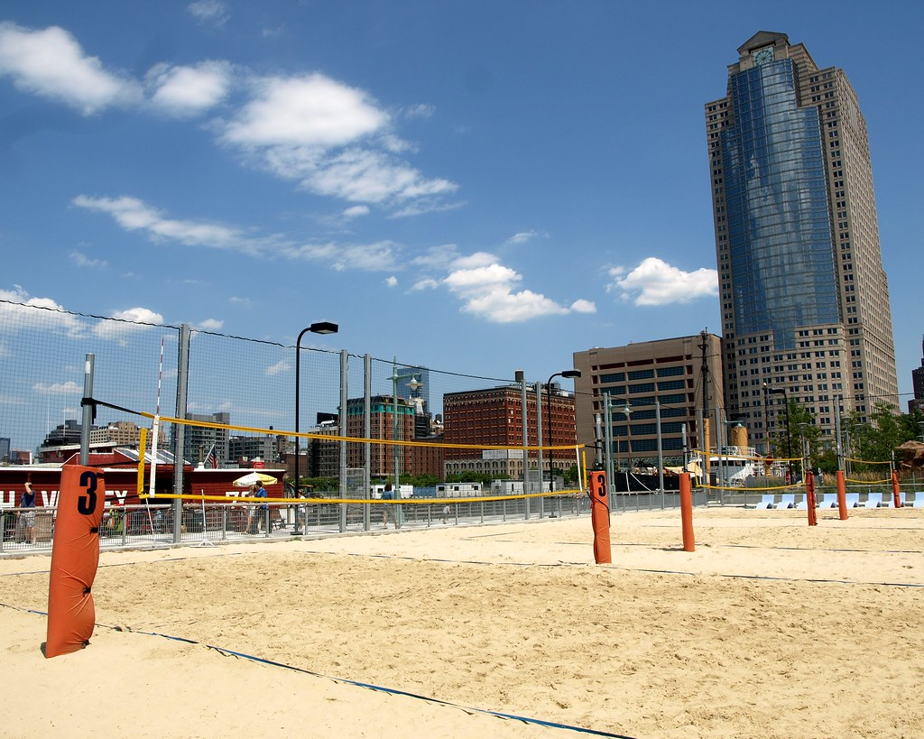 covid-19-volleyball-courts-nyc
