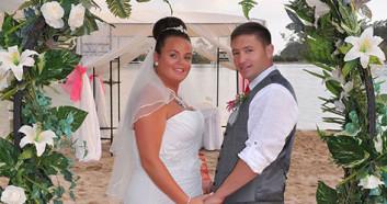 Beach_Weddings_By-_Carole_394
