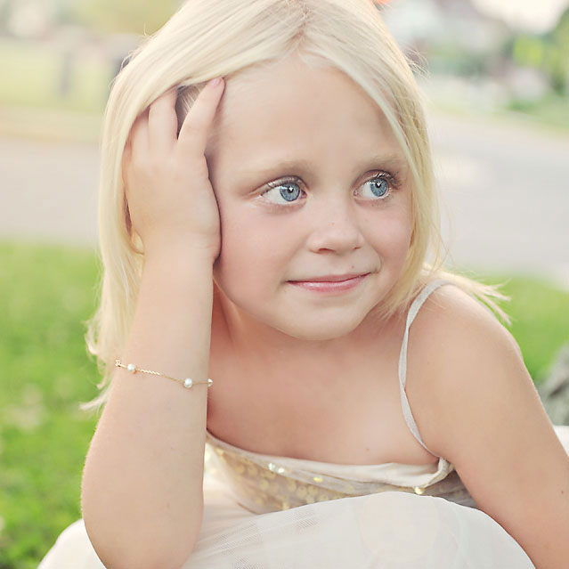 Jewelry Buying Guide: How to Choose the Perfect Jewelry for Flower Girls and Ring Bearers