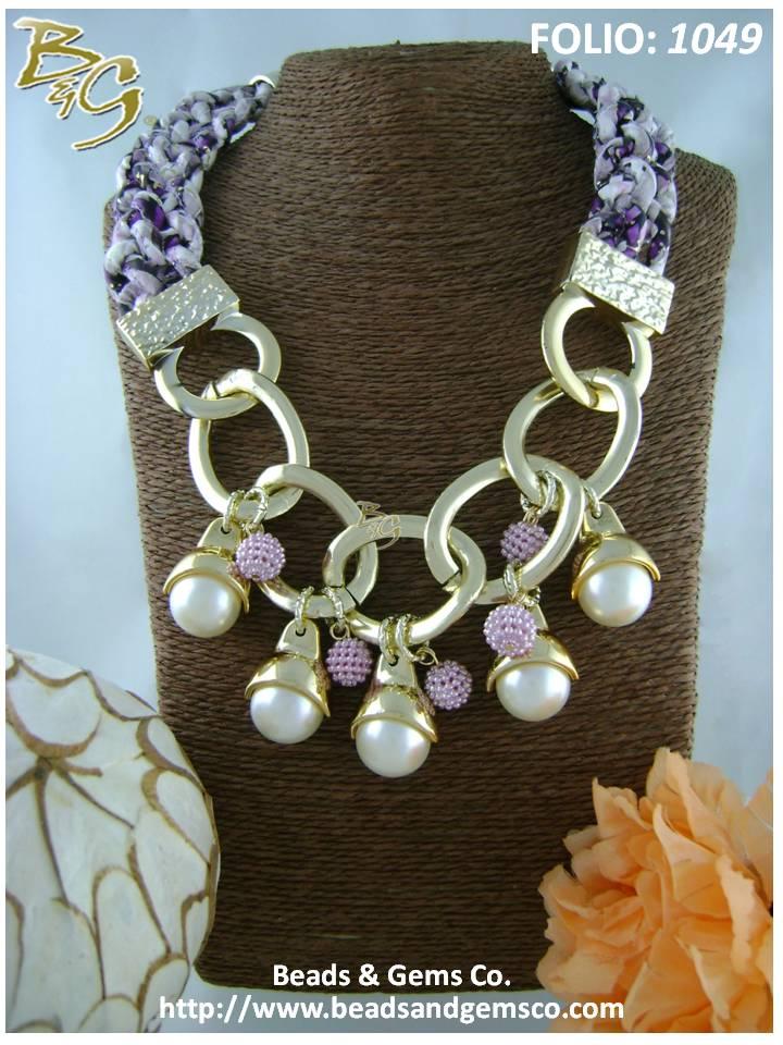 2db8eae151f5 108 ¿Qué te parecería lucir un collar como este elaborado con cadena y  plastimetal