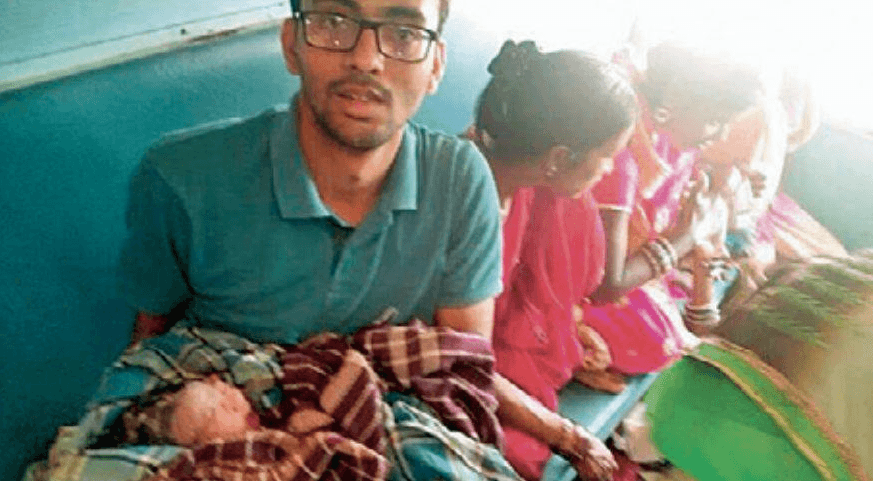 Complicated-Train-delivery-successful-thanks-to-MBBS-student-Vipin-Khadse-Be-An-Inspirer