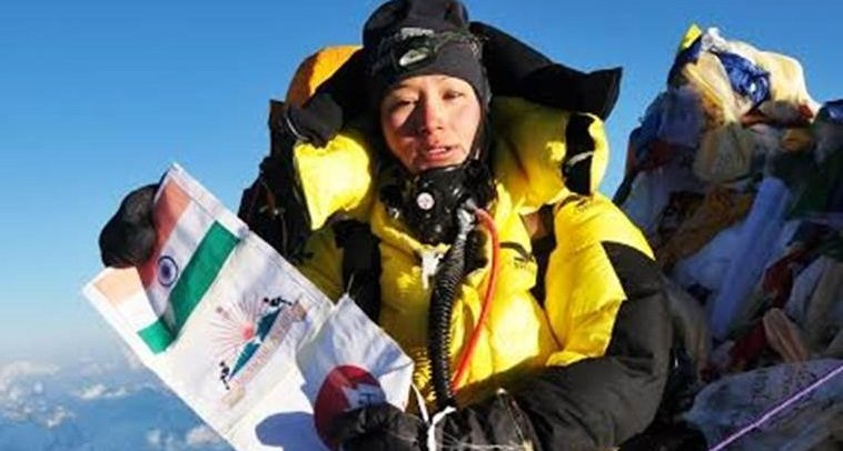 Indian-Mother-Mountaineer-Anshu-Jamsenpa-conquers-Mt-Everest-4th-time-BeAnInspirer