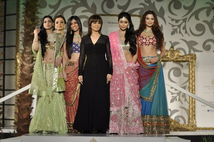 Story-of-Neeta-Lulla-Be-An-Inspirer
