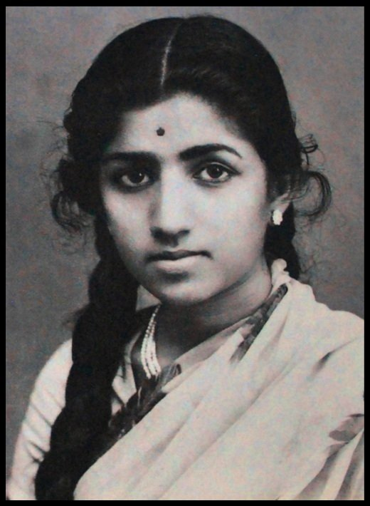 Lata-Mangeshkar-Childhood-Photo-Be-An-Inspirer