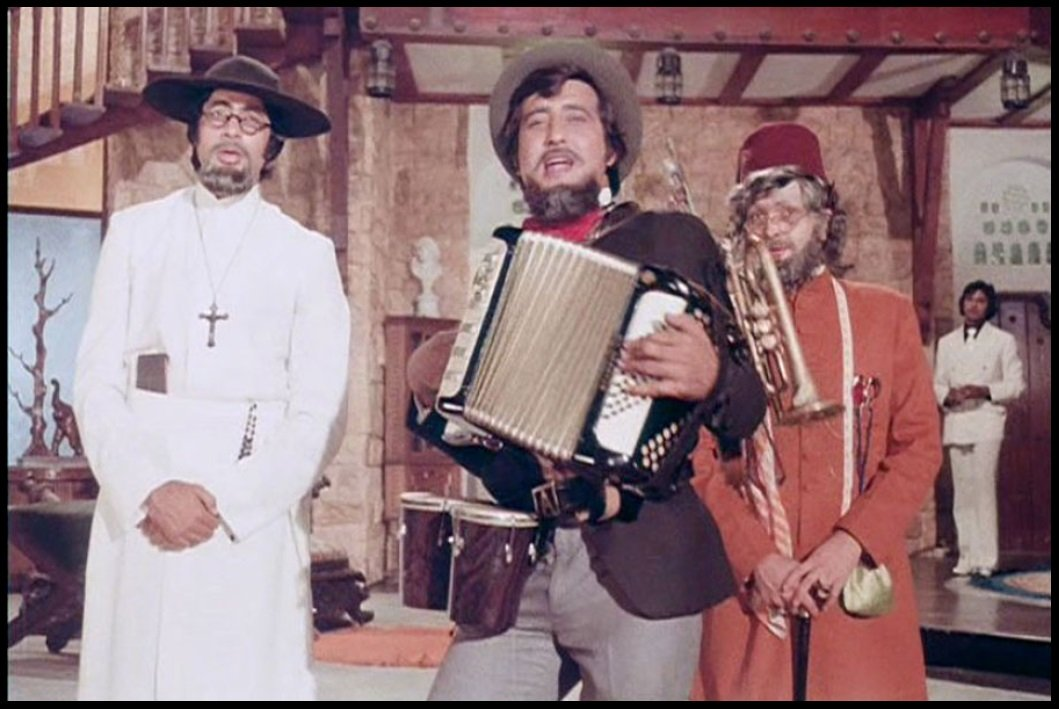Amitabh-Bachchan-Vinod-Khanna-and-Rishi-Kapoor-in-the-movie-Amar-Akbar-Anthony-Be-An-Inspirer