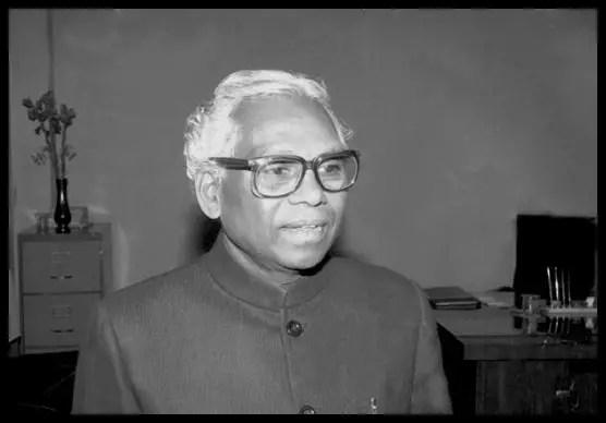 Kocheril-Raman-Narayanan-K-R-Narayanan-10th-President-of-India-Be-An-Inspirer