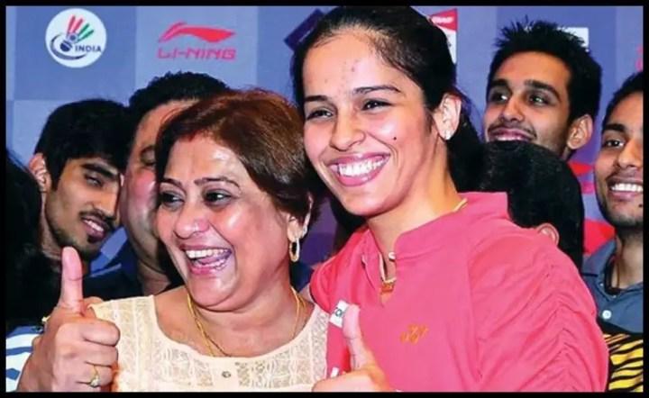 Madhumita-Bisht-with-Saina-Nehwal-Be-An-Inspirer