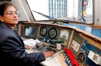Indias-First-Female-Train-Driver-Hear-Out-The-Story-of-Surekha-Yadav-Breaking-Stereotypes-Be-An-Inspirer