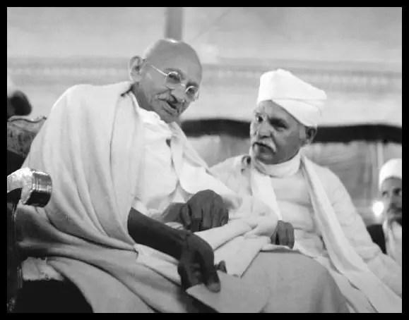 Pandit-Madan-Mohan-Malaviya-with-Mahatma-Gandhi-Be-An-Inspirer