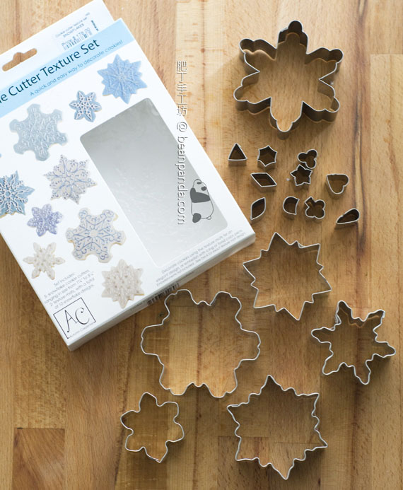 snow_flakes_cookie_cutter