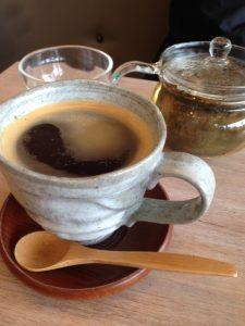 Wa cafe, Ealing, pottery, ceramic, bamboo spoon, glass tea pot