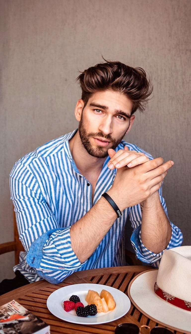 Things You Must Know About Medium Stubble Beard!