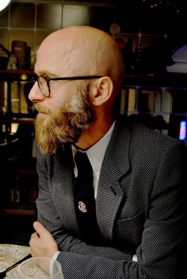 ducktail-beard-for-bald-men