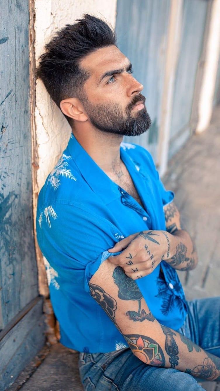 Stunning Medium Beard look for men
