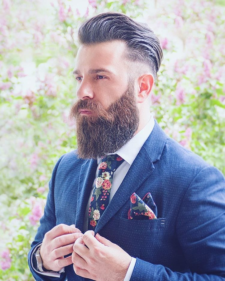ducktail-beard-with-faded-hair