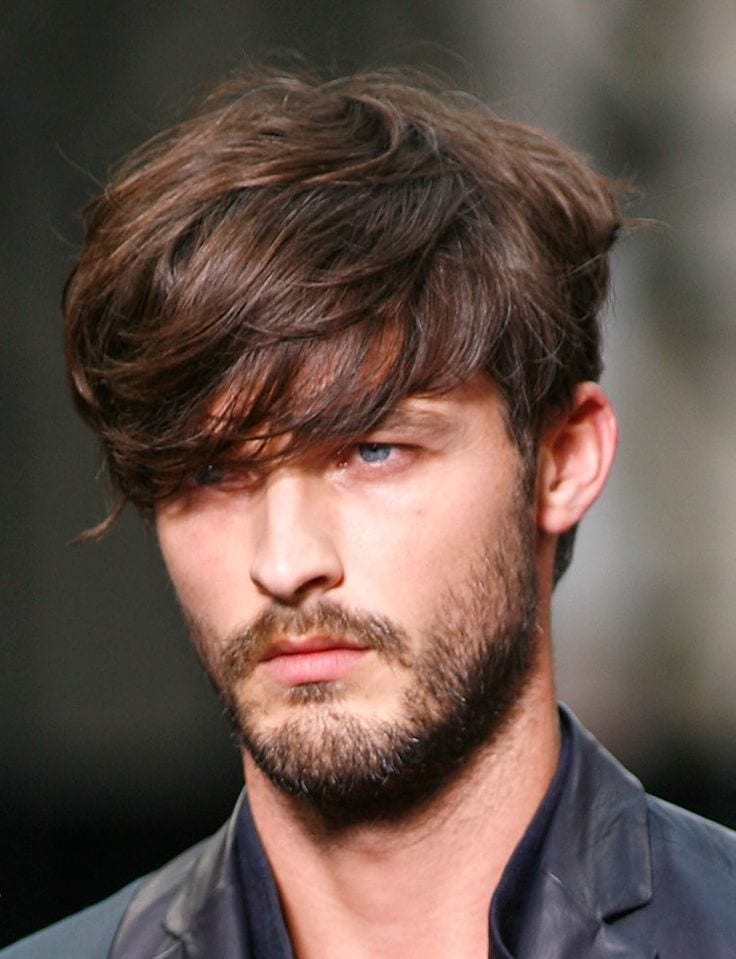 patchy-beard-with-messy-hairstyle