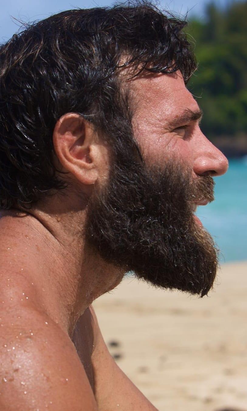 Best long even flow beard styles for men