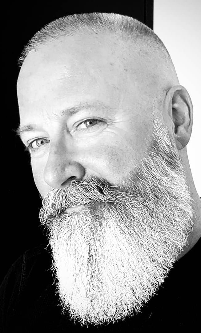 Long bold shaped beards styles for men